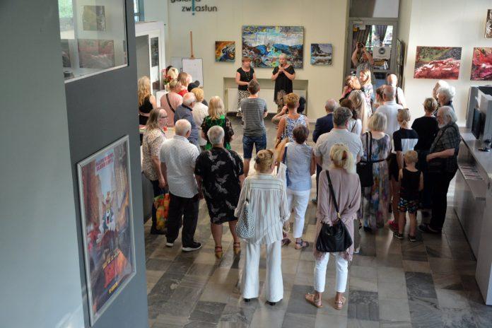 Wernisaż wystawy malarstwa Anity Grobelak w Miejskiej Galerii Sztuki w Częstochowie [ZDJĘCIA] 9
