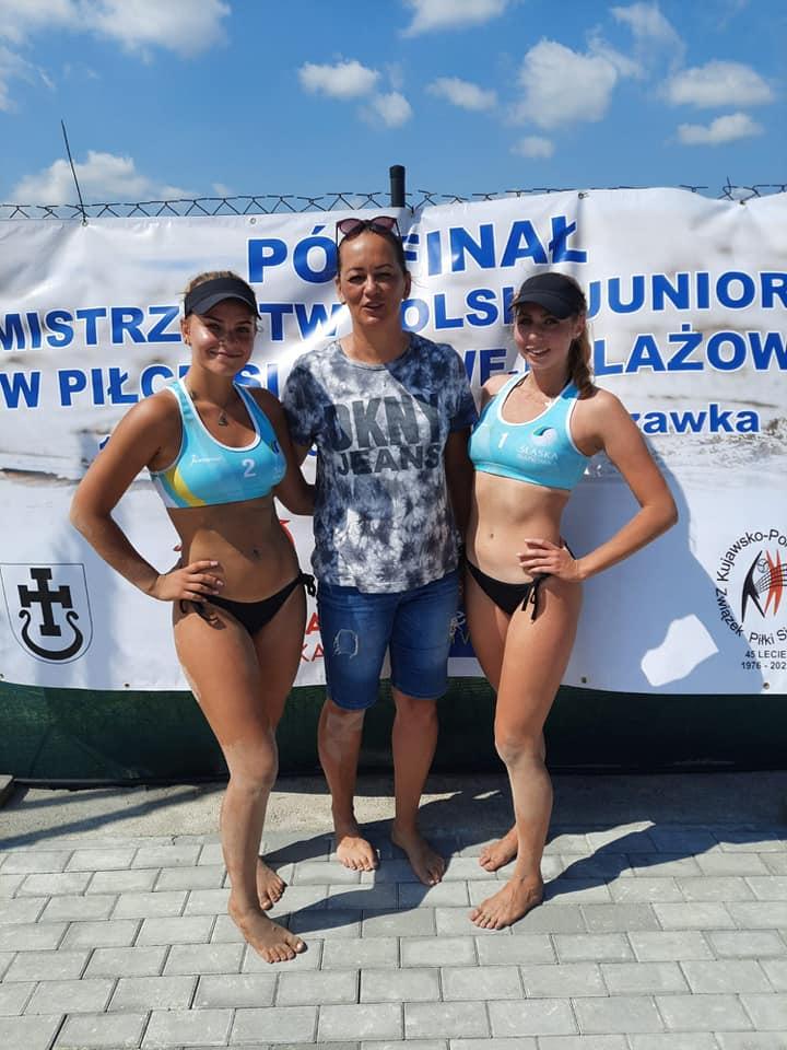 Olga Langier i Magdalena Piekarz powalczą o mistrzostw Polski juniorek w siatkówce plażowej 2