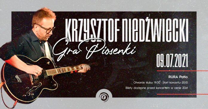 """Krzysztof Niedźwiecki """"gra piosenki"""" w częstochowskim klubie Rura 2"""