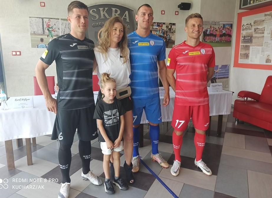 Skra Częstochowa w piątek w Kielcach zaczyna batalię w Fortuna 1 Lidze, a w środę zorganizowała przedsezonową konferencję prasową... 6