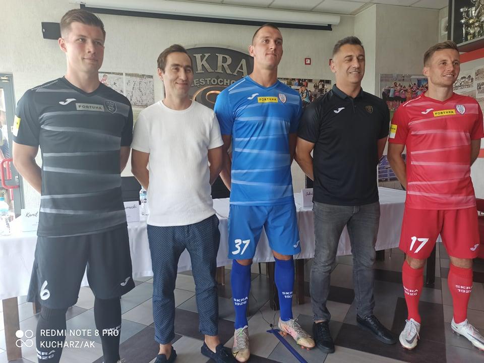 Skra Częstochowa w piątek w Kielcach zaczyna batalię w Fortuna 1 Lidze, a w środę zorganizowała przedsezonową konferencję prasową... 5