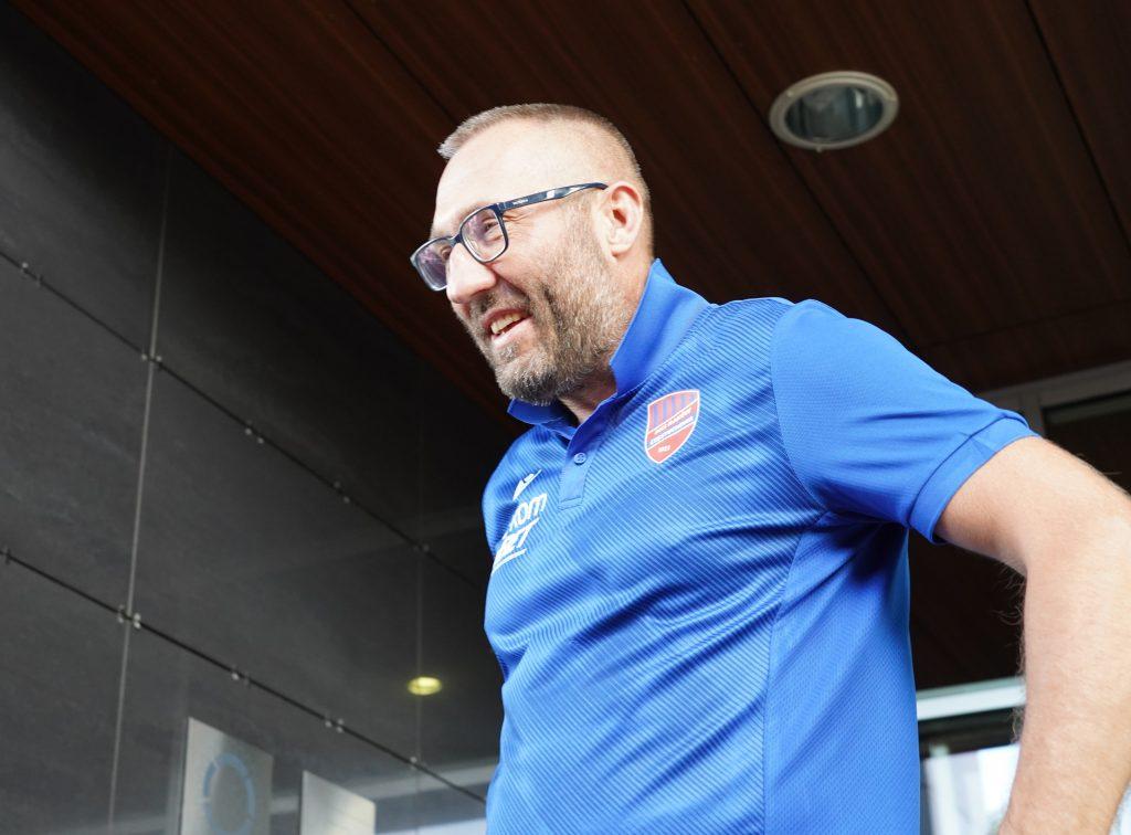 Marek Papszun: Gospodarze jakimiś prymitywnymi trikami próbowali nie przygotować boiska 2