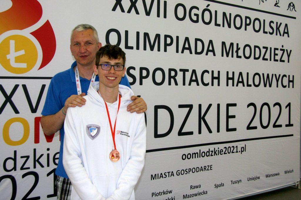 Szpadzista WLKS-u Kmicic Częstochowa Marcin Żelazny medalistą Ogólnopolskiej Olimpiady Młodzieży! 1