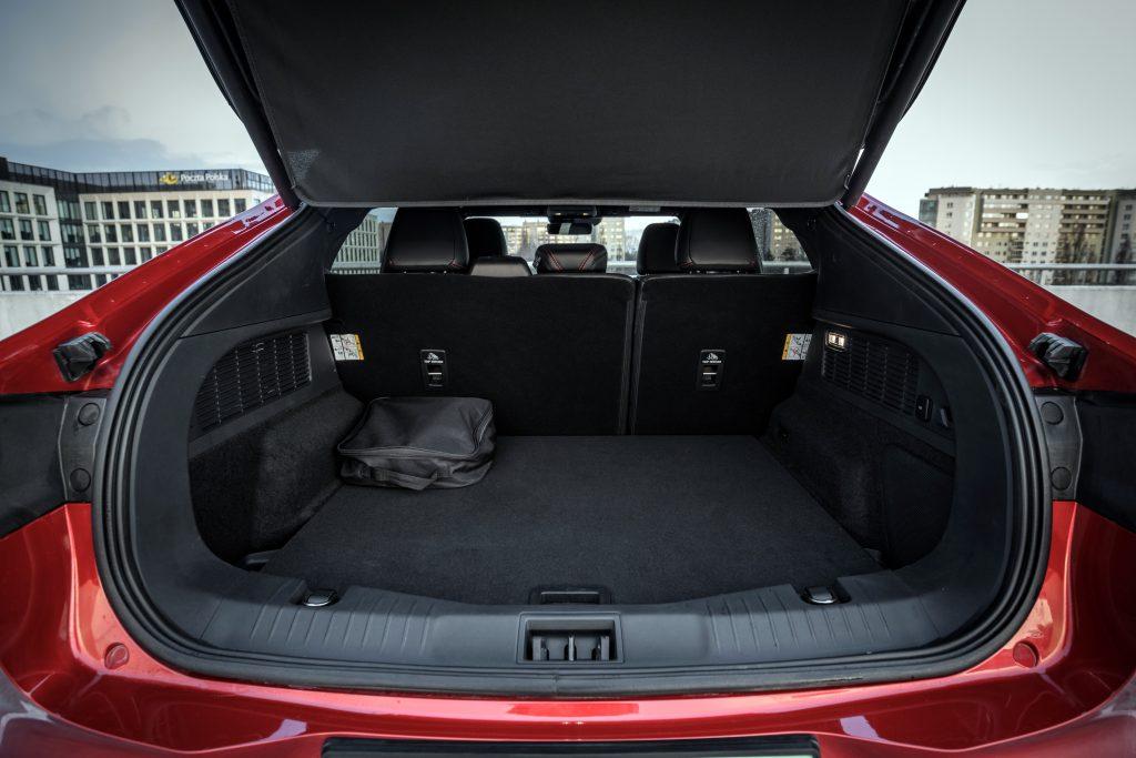 Ford Mustang Mach-E - elektromobilna rewolucja 10