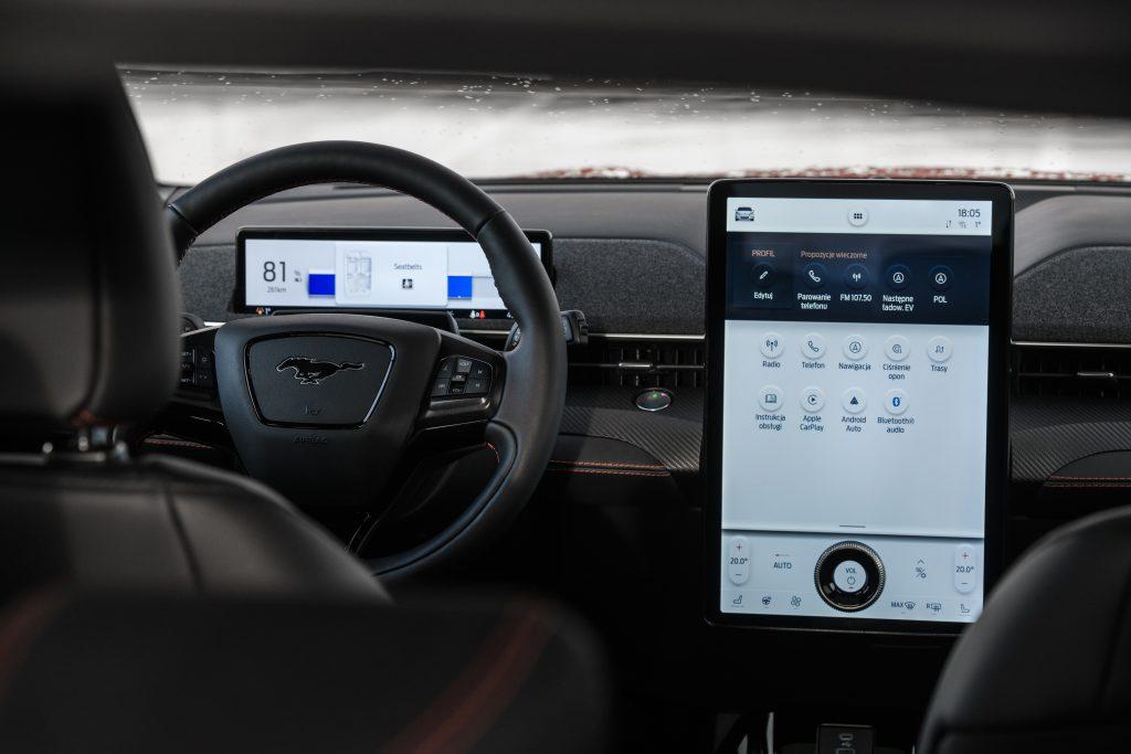Ford Mustang Mach-E - elektromobilna rewolucja 11