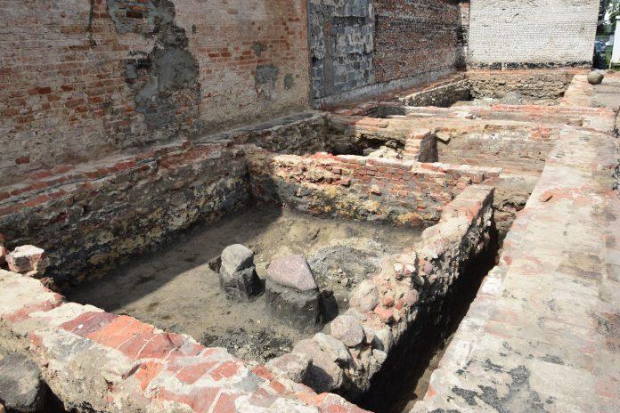 prace archeologiczne 3