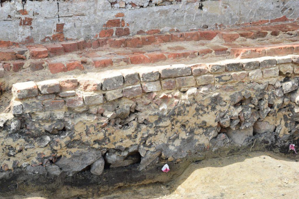 prace archeologiczne 5