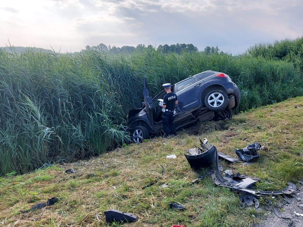 Wypadek pod Radomskiem. Dziesięć osób rannych. Sprawczyni prowadziła mając 4 prom. alkoholu 2