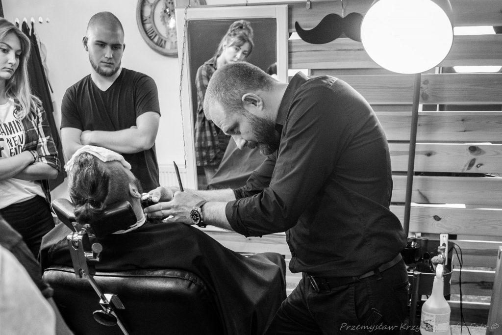 Romić Barber Shop: Atrakcyjny mężczyzna to zadbany mężczyzna 1