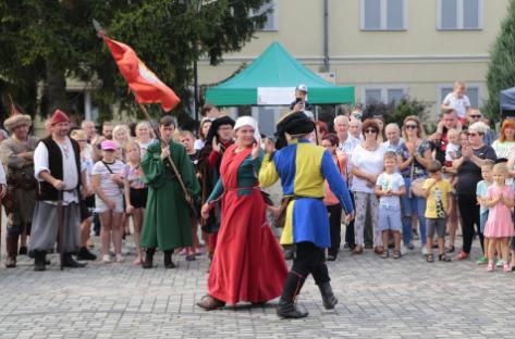 Impreza plenerowa Łowy Króla Kazimierza w Przedborzu 16