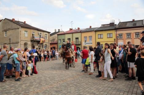 Impreza plenerowa Łowy Króla Kazimierza w Przedborzu 26