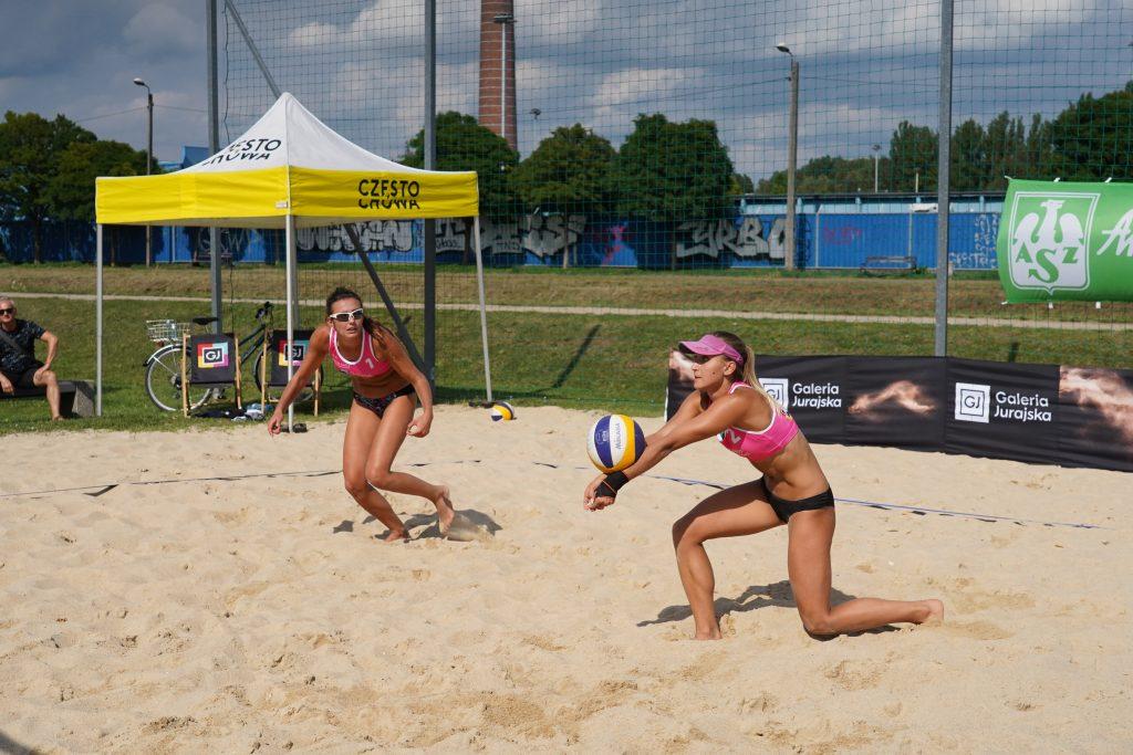 W Częstochowie odbył się Puchar Śląska kobiet w siatkówce plażowej 7