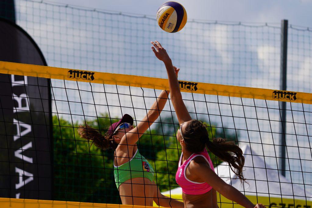 W Częstochowie odbył się Puchar Śląska kobiet w siatkówce plażowej 9