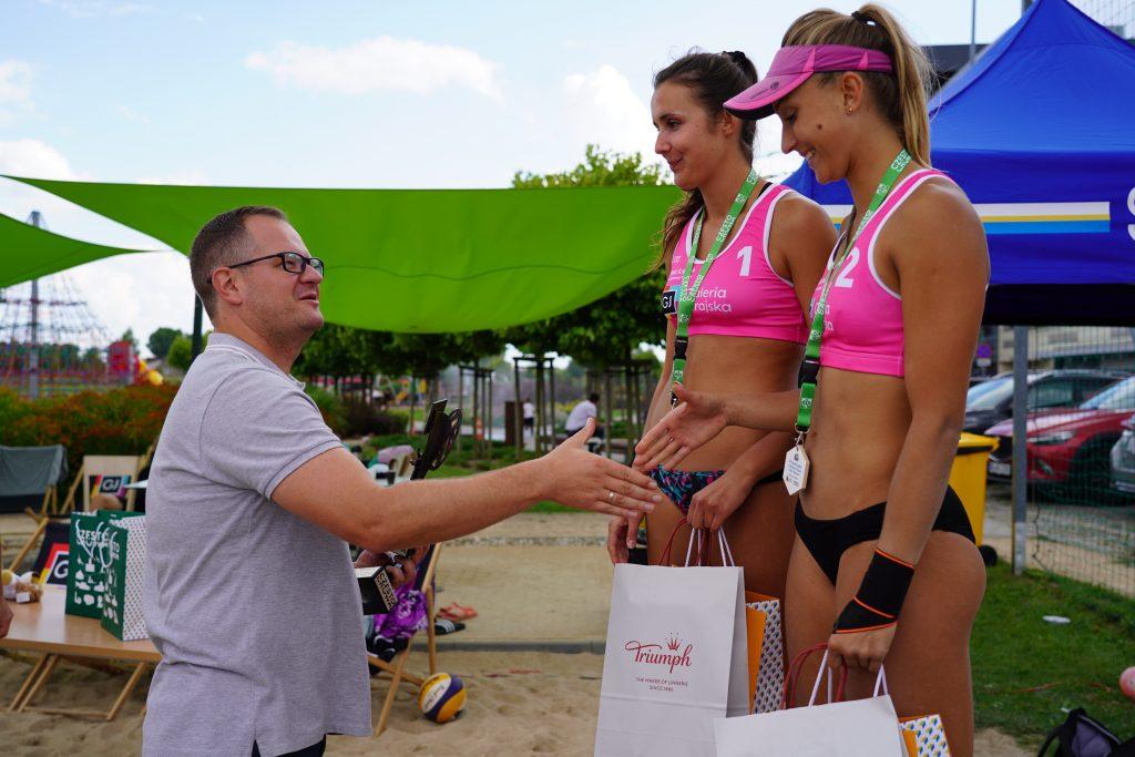 W Częstochowie odbył się Puchar Śląska kobiet w siatkówce plażowej 5