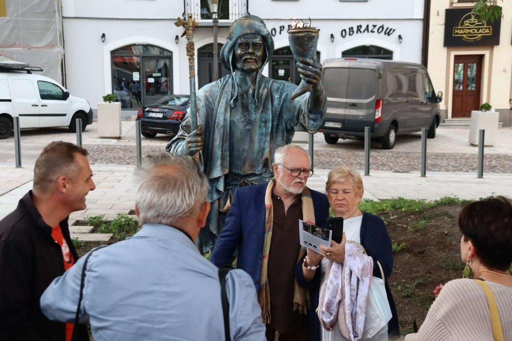 Widzieliście już pomnik Częstocha na Starym Rynku? 2