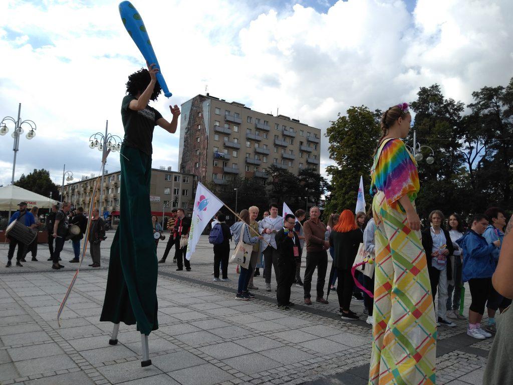 Korowód na otwarcie Festiwalu Kultury Alternatywnej eFKA 8