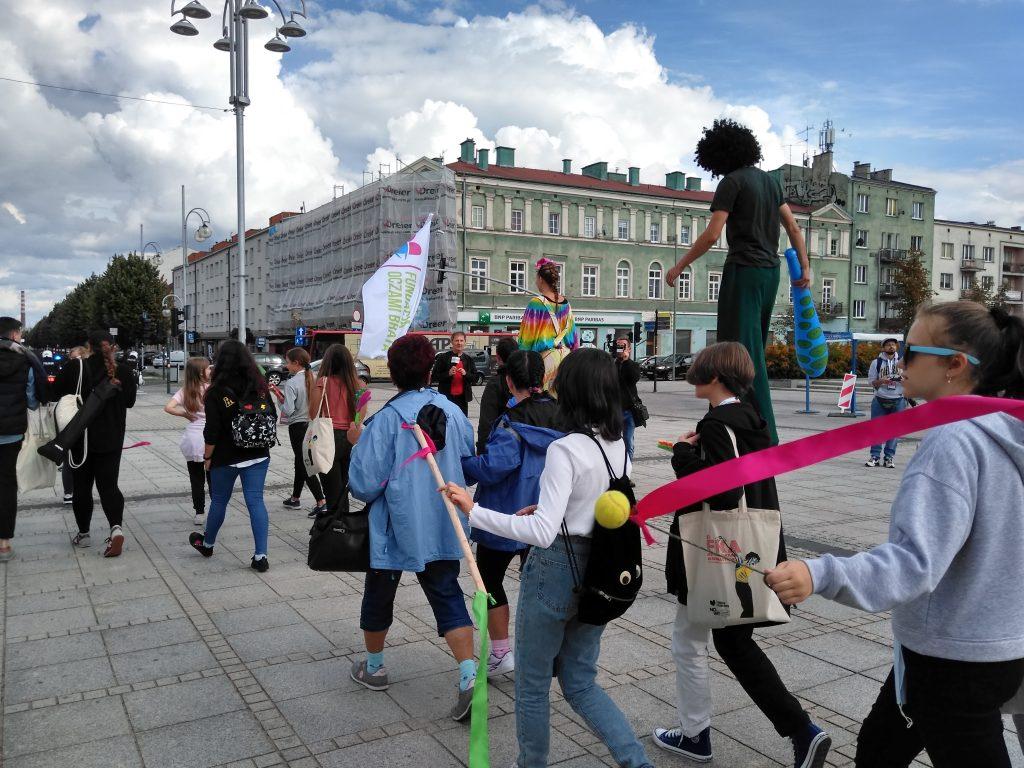 Korowód na otwarcie Festiwalu Kultury Alternatywnej eFKA 16