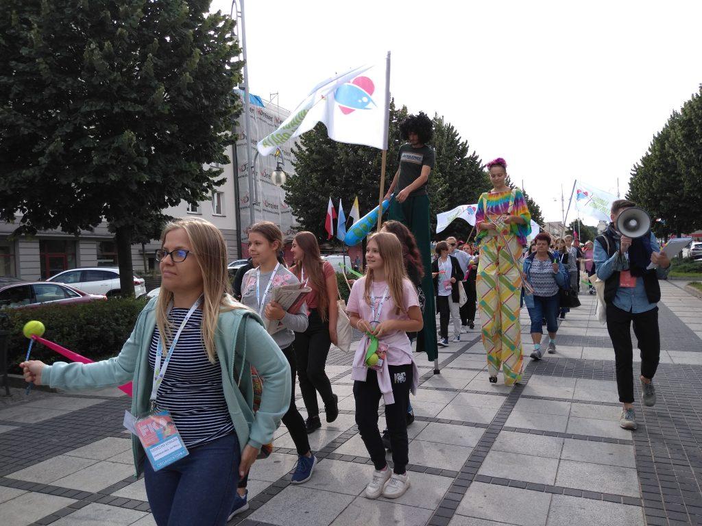 Korowód na otwarcie Festiwalu Kultury Alternatywnej eFKA 18