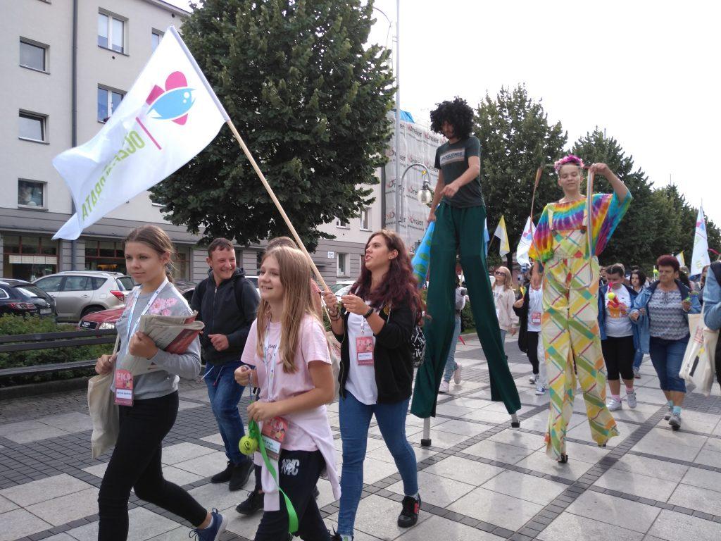 Korowód na otwarcie Festiwalu Kultury Alternatywnej eFKA 19