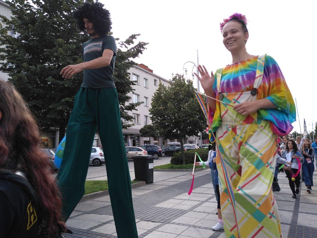 Korowód na otwarcie Festiwalu Kultury Alternatywnej eFKA 20