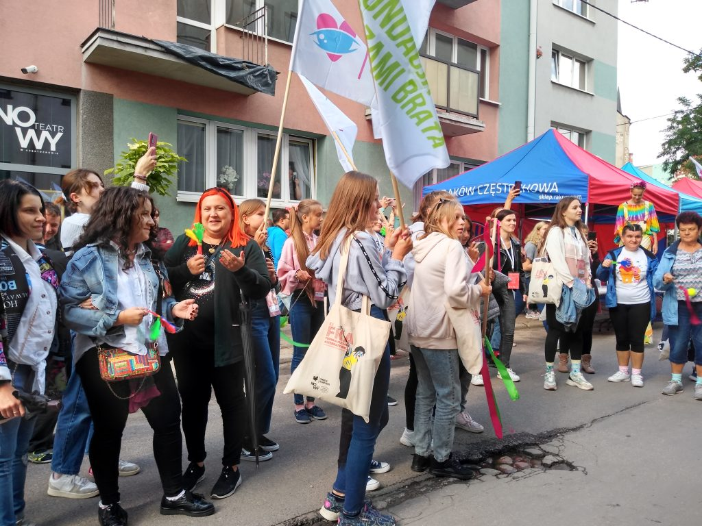 Korowód na otwarcie Festiwalu Kultury Alternatywnej eFKA 30