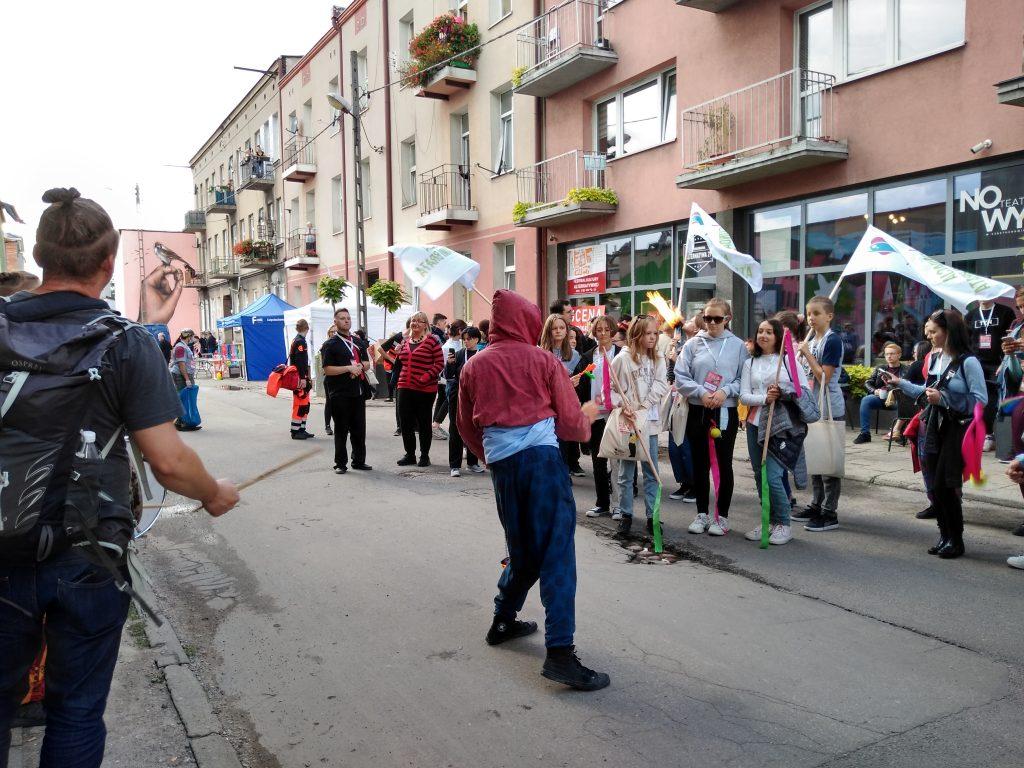 Korowód na otwarcie Festiwalu Kultury Alternatywnej eFKA 33