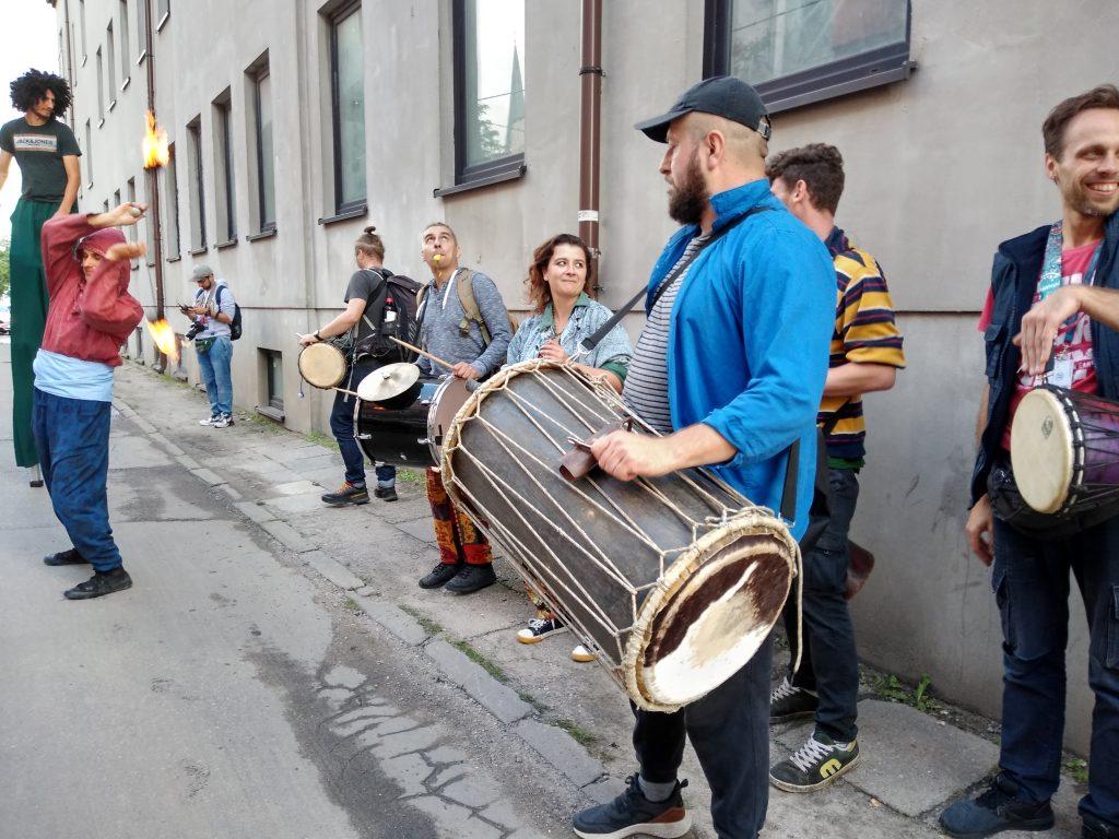 Korowód na otwarcie Festiwalu Kultury Alternatywnej eFKA 37