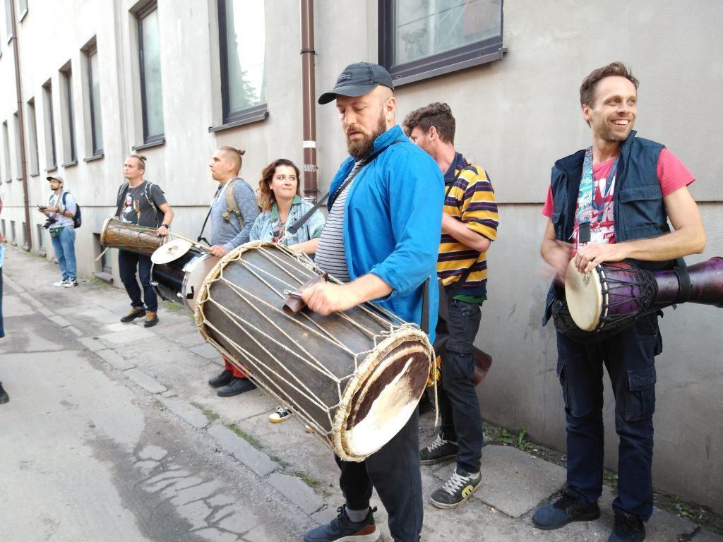 Korowód na otwarcie Festiwalu Kultury Alternatywnej eFKA 36
