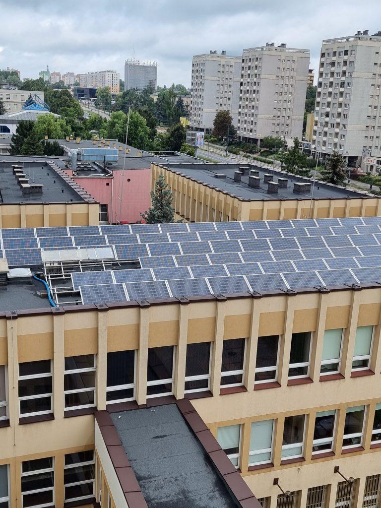 Politechnika Częstochowska pomoże w badaniach nad prawidłowym użytkowaniem paneli fotowoltaicznych 1