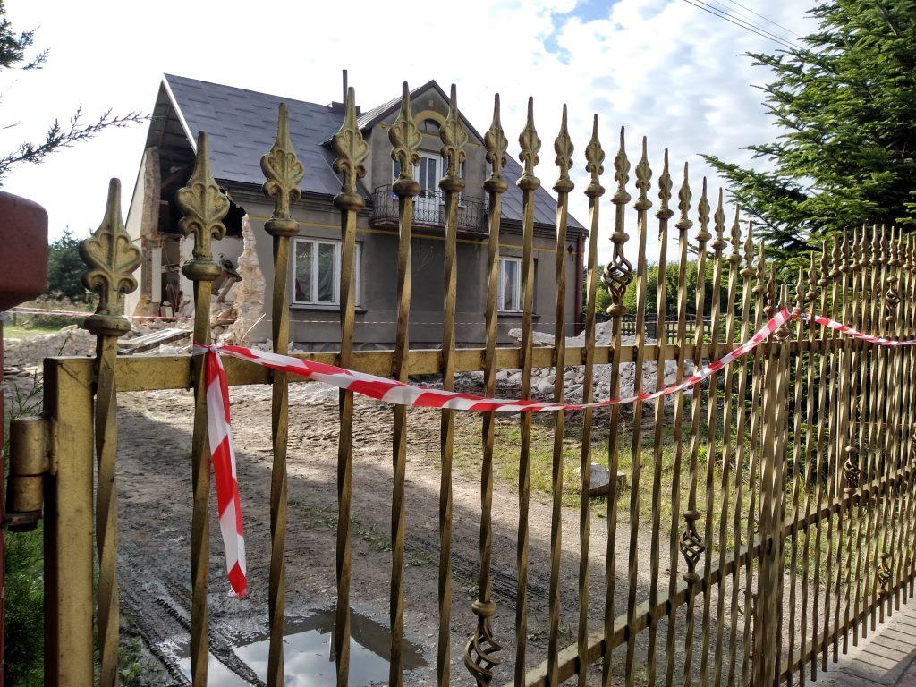 Lokatorzy domu w Popowie, w którym zawaliła się ściana mają już nowe lokum 5