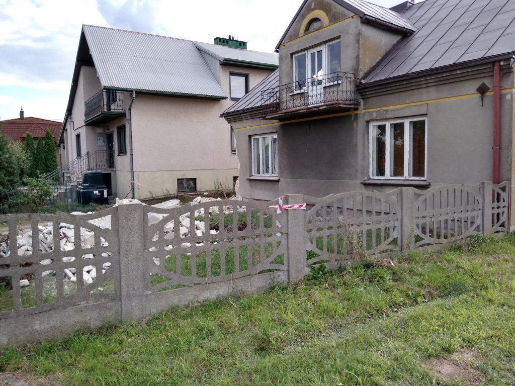 Lokatorzy domu w Popowie, w którym zawaliła się ściana mają już nowe lokum 6
