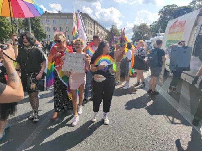 Marsz Równości w Częstochowie. Uczestnicy wyruszyli spod Jasnej Góry 3