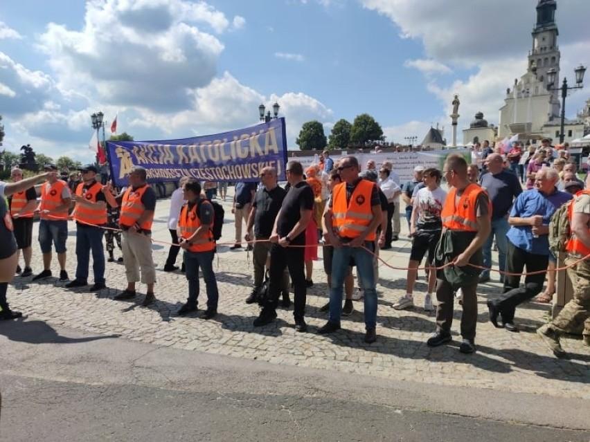 Marsz Równości w Częstochowie. Uczestnicy wyruszyli spod Jasnej Góry 1