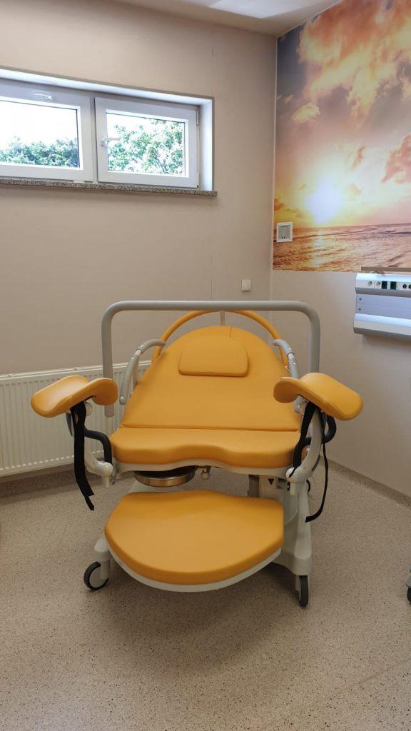 nowoczesny fotel ginekologiczny 2
