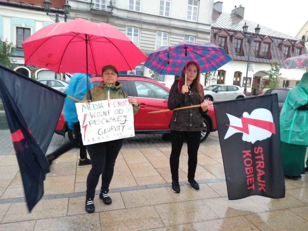 W obronie wolnych mediów, a także przecież pomysłom ministra Czarnka 1