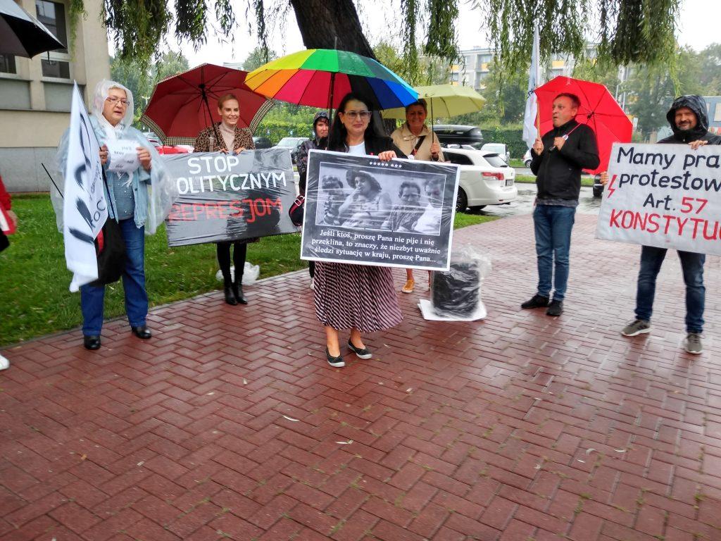 Stanęła przed sądem za wulgaryzmy w trakcie protestu kobiet 7