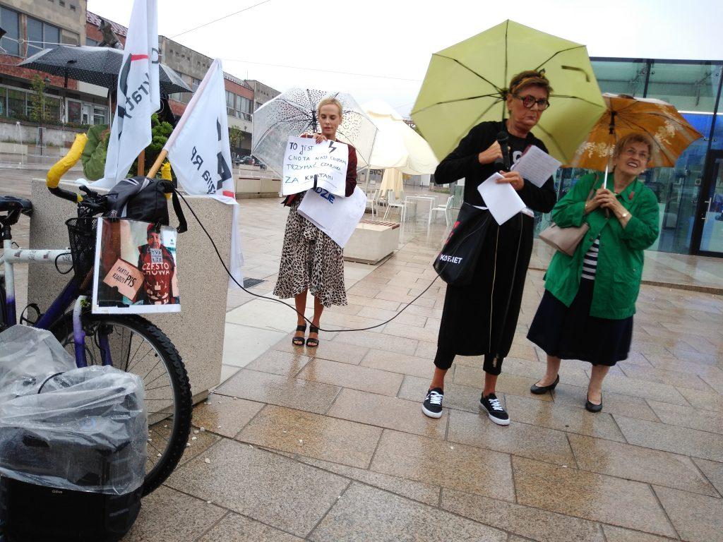W obronie wolnych mediów, a także przecież pomysłom ministra Czarnka 15