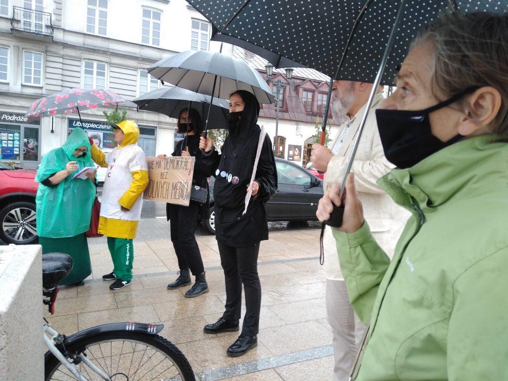 W obronie wolnych mediów, a także przecież pomysłom ministra Czarnka 5