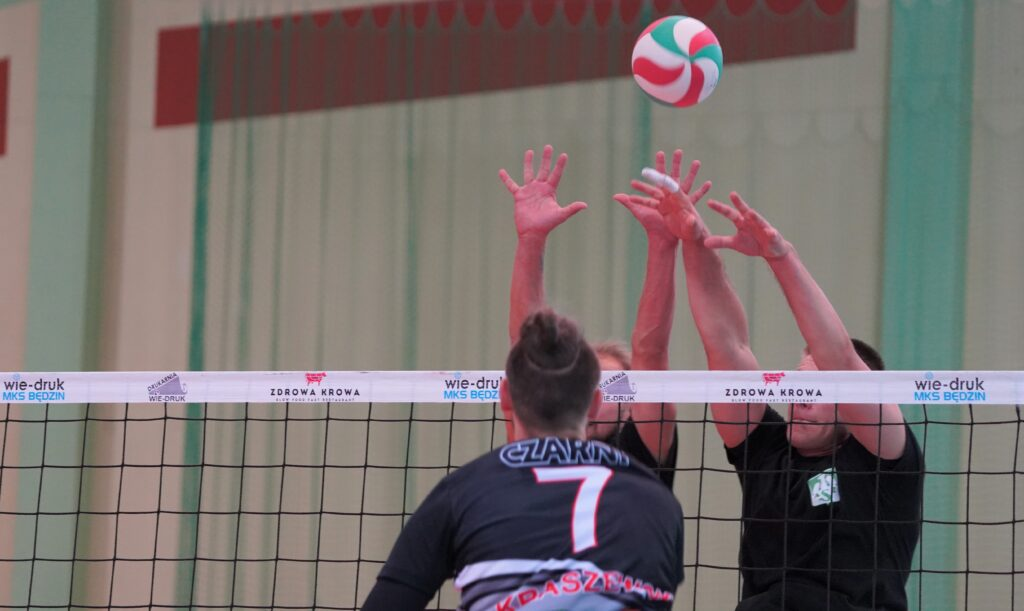 Siatkarze AZS Częstochowa wygrali ogólnopolski turniej we Mstowie o puchar wójta Tomasza Gęsiarza 2