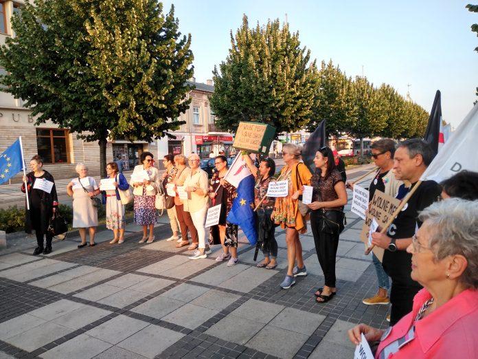 Manifestacja w Częstochowie w obronie wolnych mediów 11