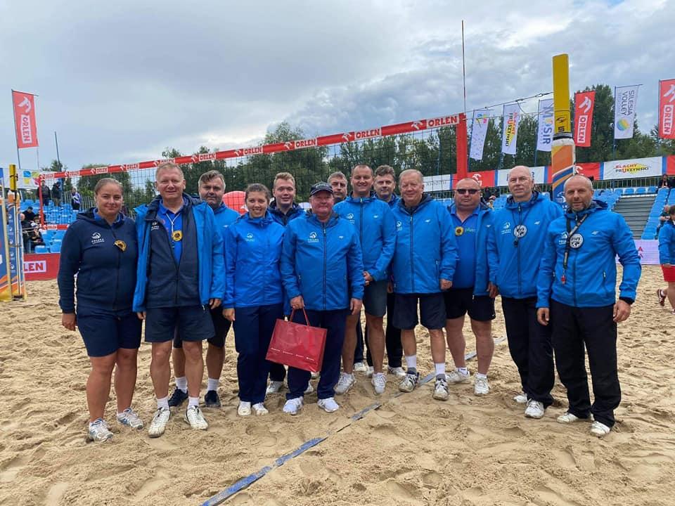 Dwie siatkarki, siatkarz i sędziowie z Częstochowy promowali nasze miasto na mistrzostwach Polski w siatkówce plażowej 2