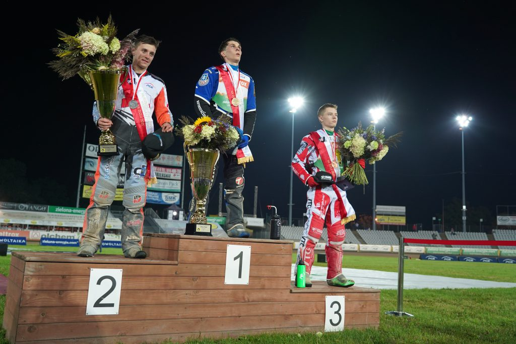 Mistrzem Polski juniorów 2021 został Jakub Miśkowiak. Z brązem Mateusz Świdnicki! 13