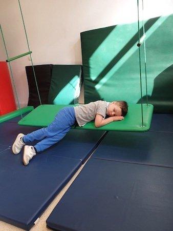 70 dzieci czeka na doposażenie pracowni rehabilitacyjnych w Częstochowie. Można wesprzeć ten cel! 2
