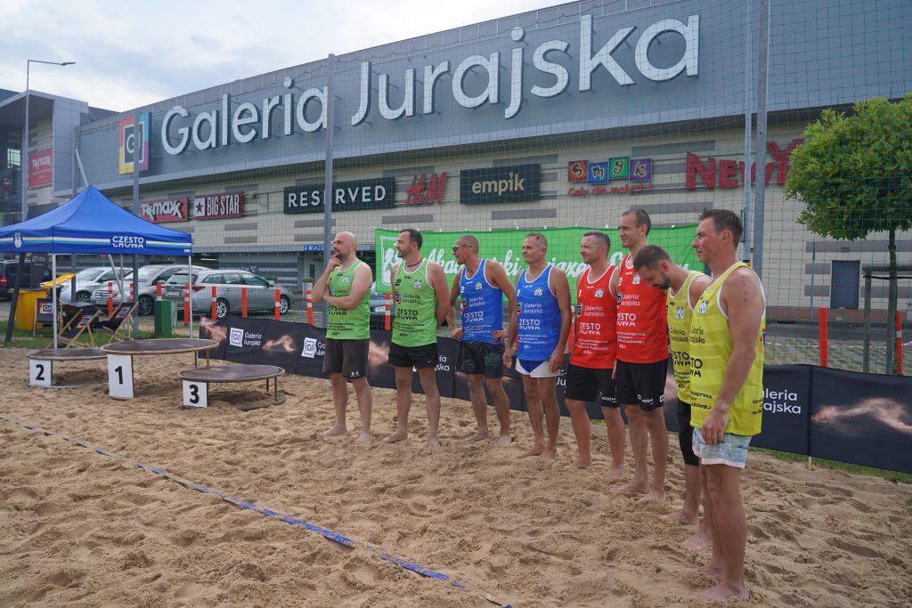 Oldboje rywalizowali w otwartych mistrzostwach Częstochowy w siatkówce plażowej 7
