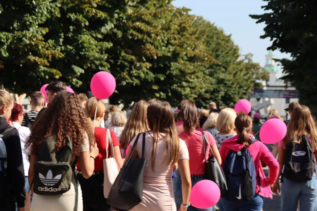 Przeszli ulicami Częstochowy, aby promować profilaktykę chorób nowotworowych 1