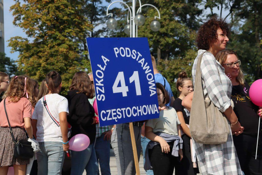 Przeszli ulicami Częstochowy, aby promować profilaktykę chorób nowotworowych 3