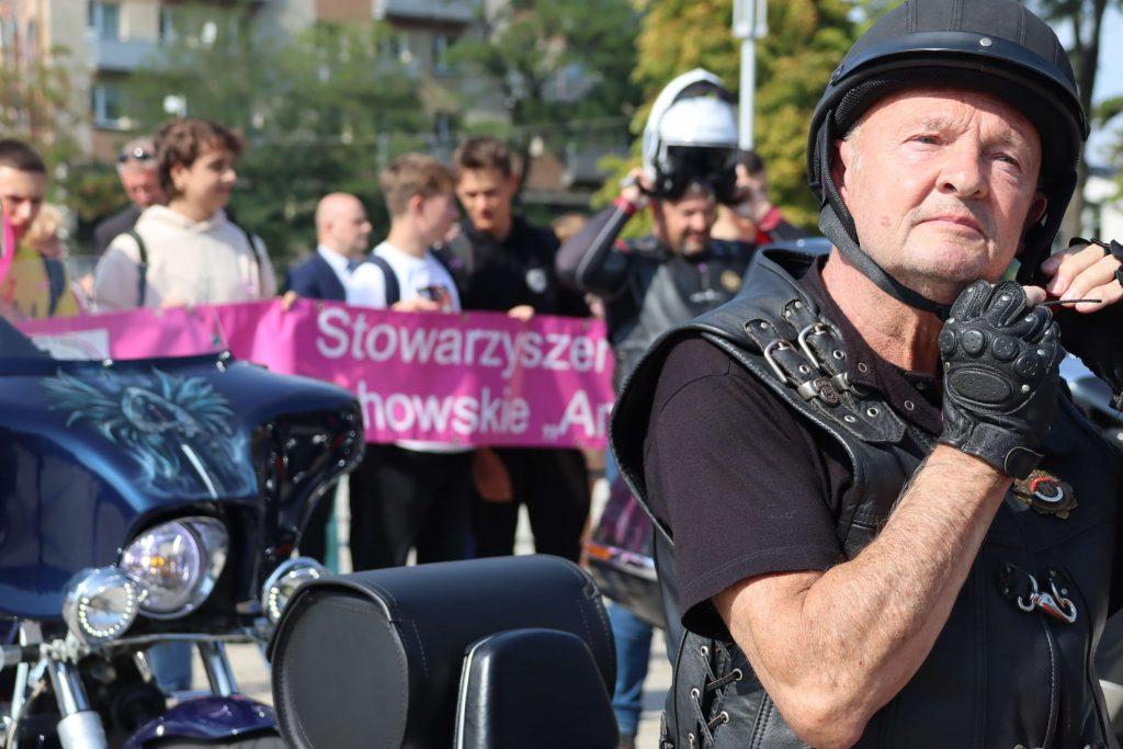 Przeszli ulicami Częstochowy, aby promować profilaktykę chorób nowotworowych 5