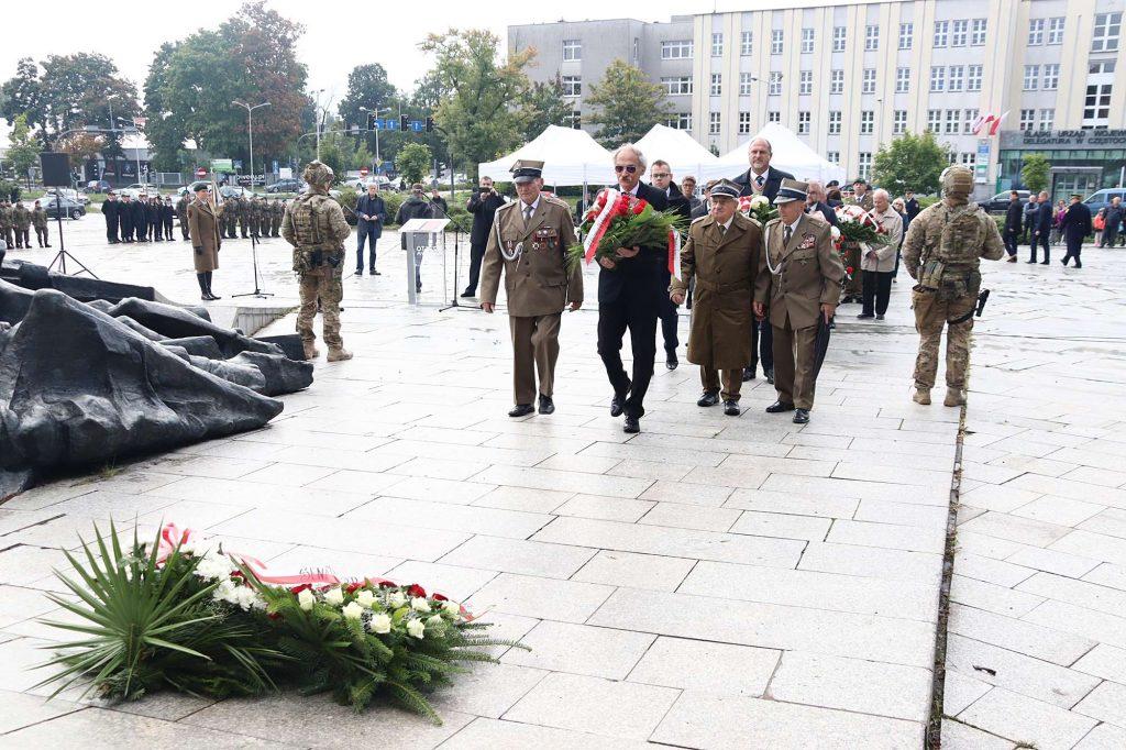 Dziś 82. Rocznica Wybuchu II Wojny Światowej oraz Dzień Weterana Walk o Niepodległość Rzeczypospolitej Polskiej 40