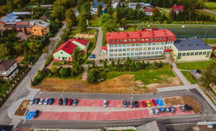 szkoła w NIegowej
